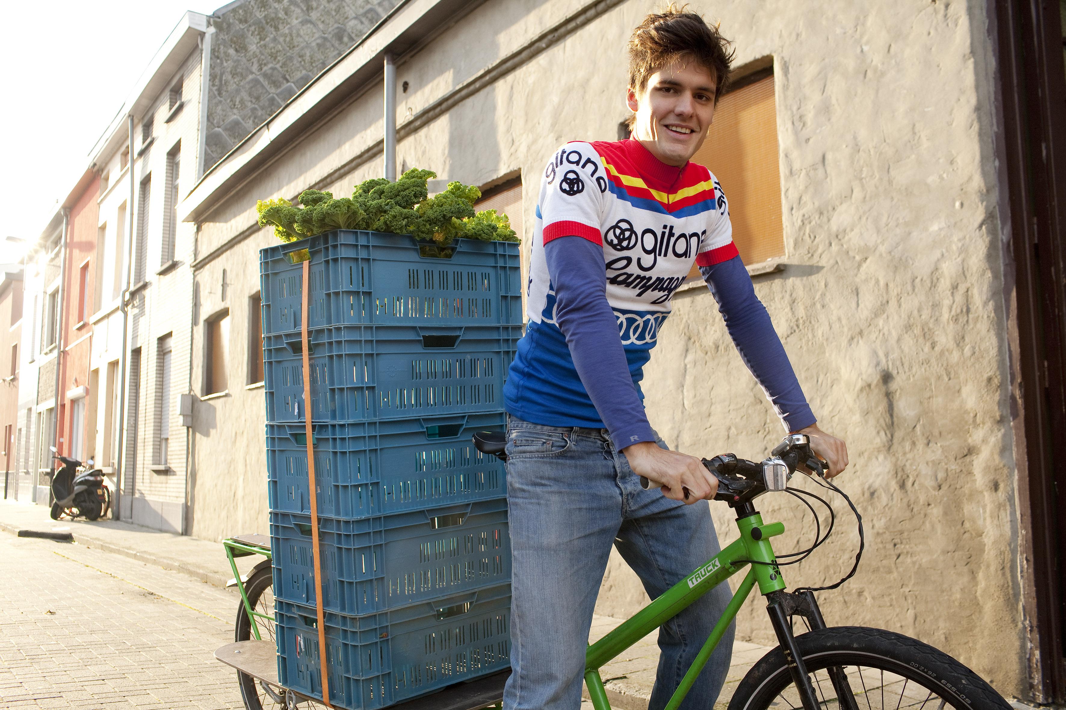 Gentse fietskoerier Sander Van den Berg