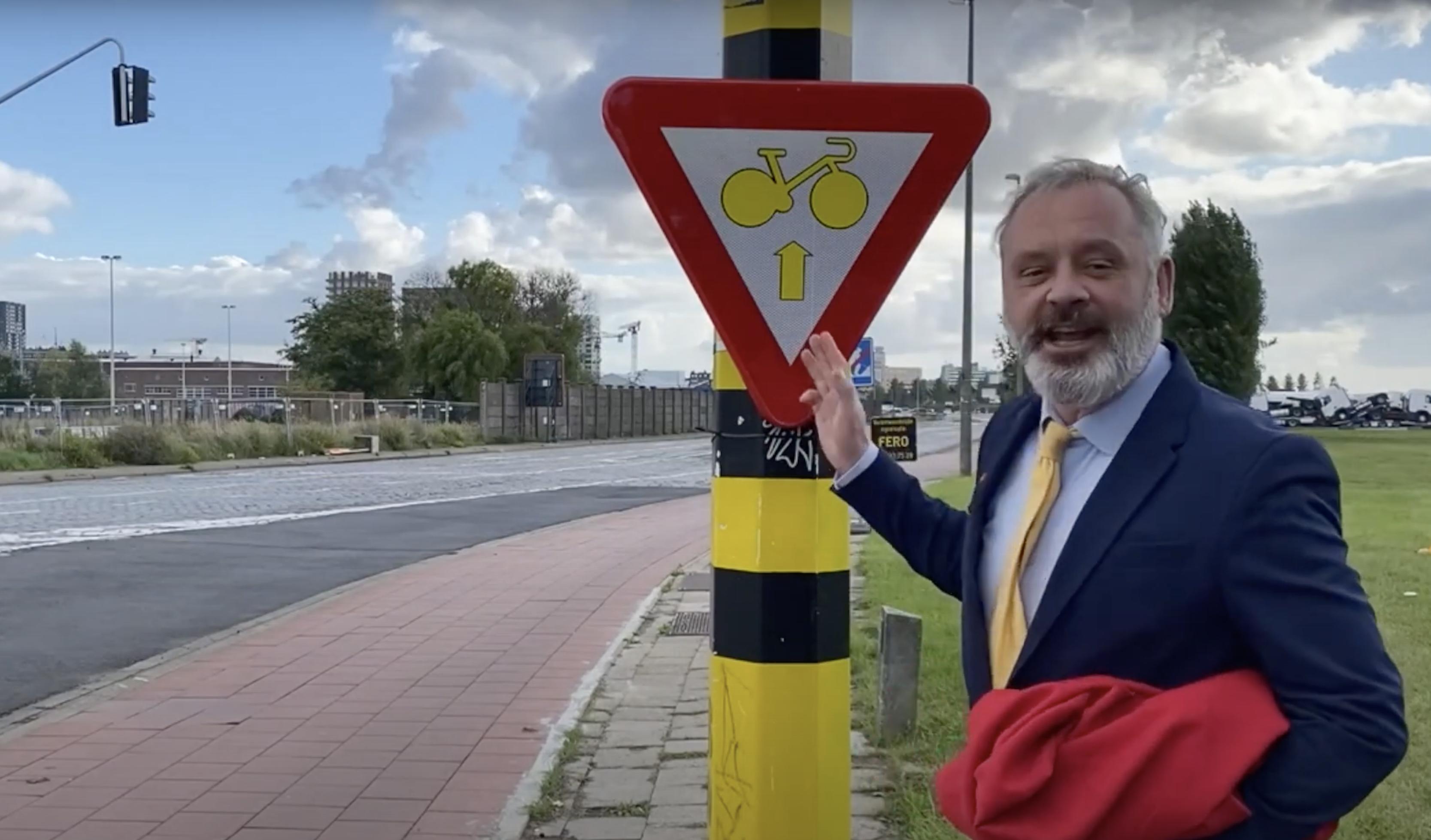 BDW met het nieuwe verkeersbord